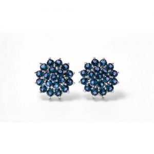 Imagen d los pendiente Orla Flor rodiado y circonita azul. Antialérgico.